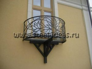 Кованый балкон Веда
