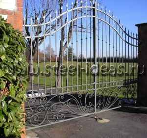 Кованые ворота Дана
