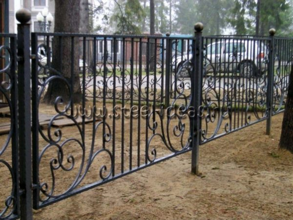 Кованый забор Ринат