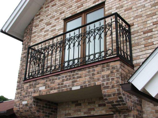 Кованый балкон купить