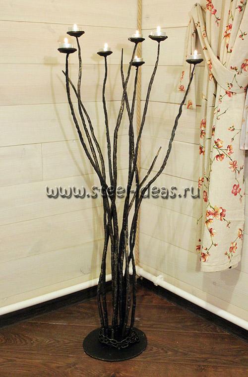 Кованый подсвечник - Дерево