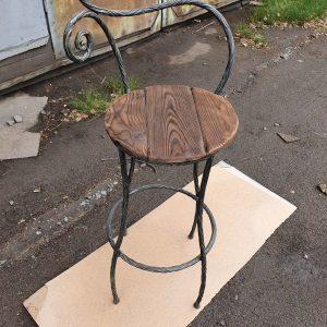 Кованые барный стулья фото