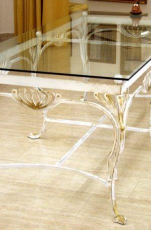кованый стол со стеклом обеденный