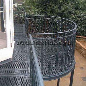 Кованый балкон Арт
