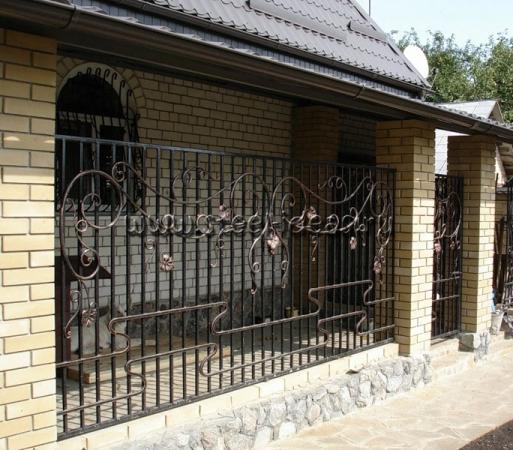 Кованый забор Стром