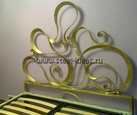 Кованая кровать Канделябр
