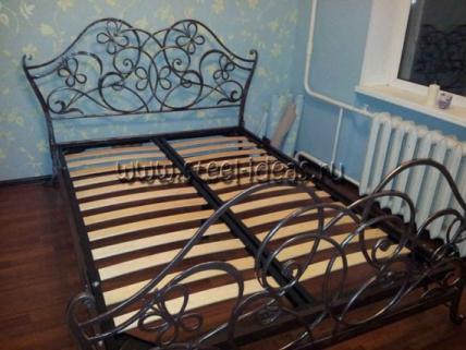 Кованая кровать - Камелия