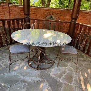 Кованый стол с каменной столешницей